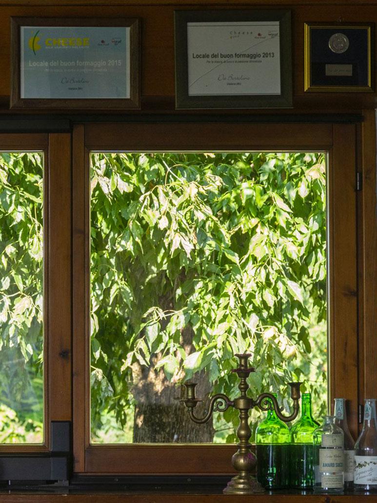 Vista finestra osteria Locanda Bortolino