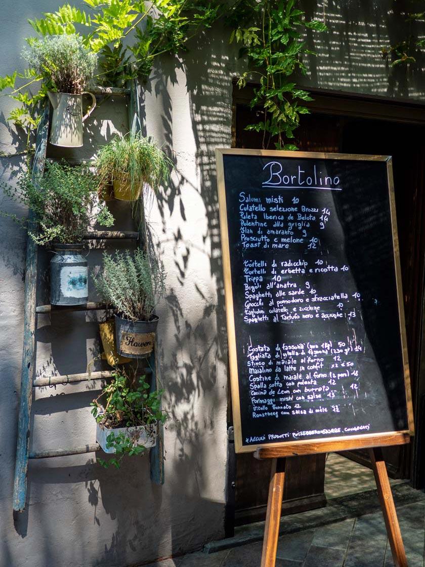 Lavagna menu piatti osteria Locanda Bortolino